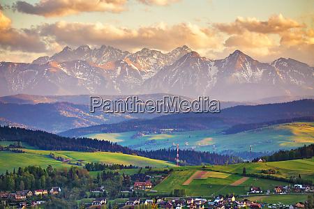 spring sunset in tatra mountains pieniny