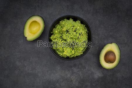 guacamole with lime
