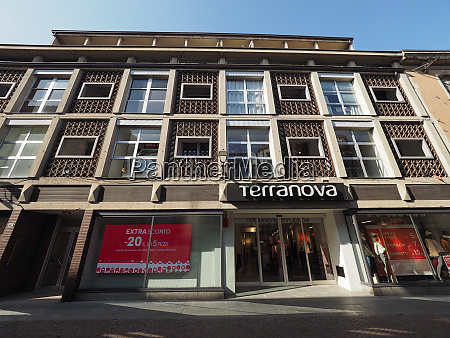 terranova clothes store in alba