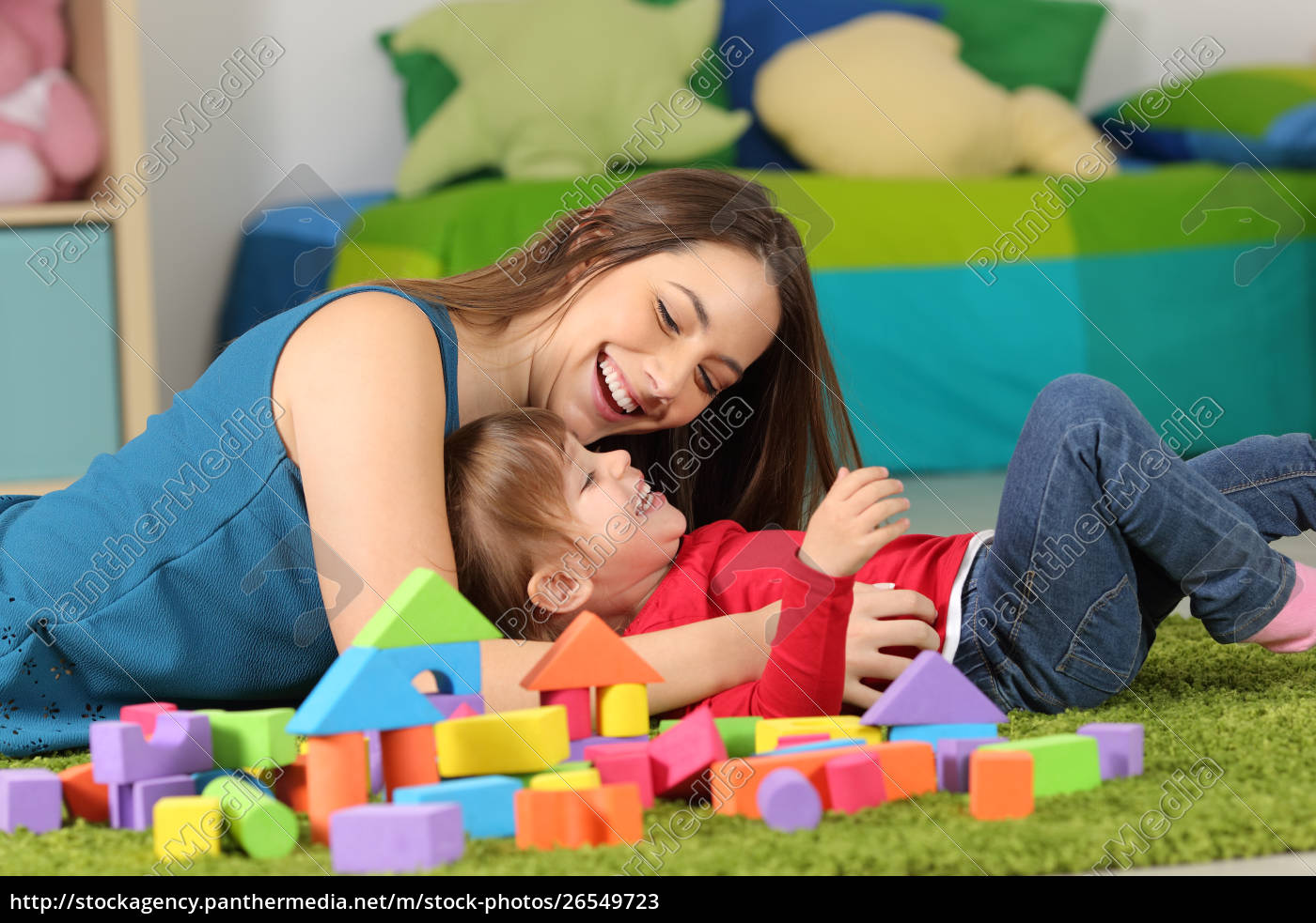 mother, or, nanny, playing, with, a - 26549723