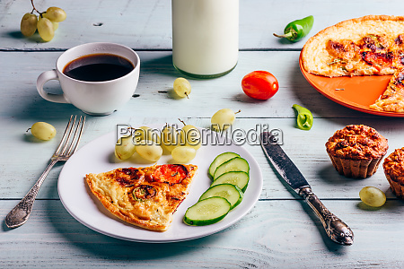 frittata with with coffee grapes and