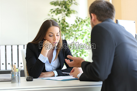 salesman trying to convince to a