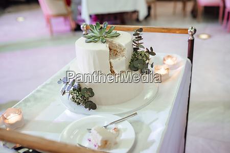 wedding cake at the wedding of