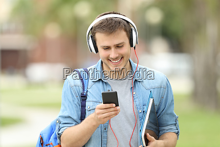 student walking learning with audio lessons