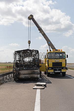 crane recovery bus