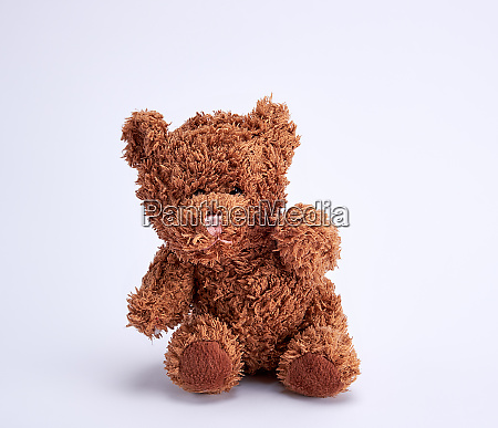 small brown teddy bear