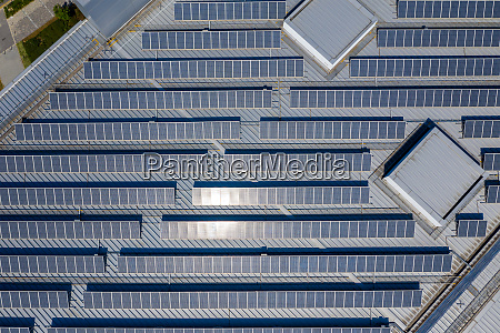 roof top with solar panel plant