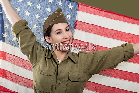 young woman in us military uniform