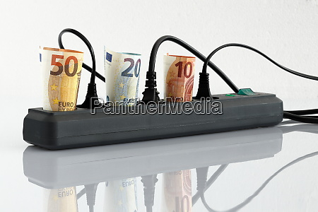 energy costs and electricity prices