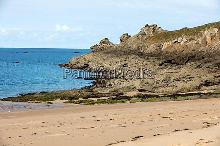 beautiful sandy beach on the emerald