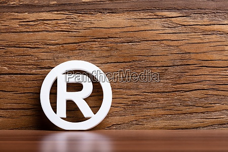registered trademark sign