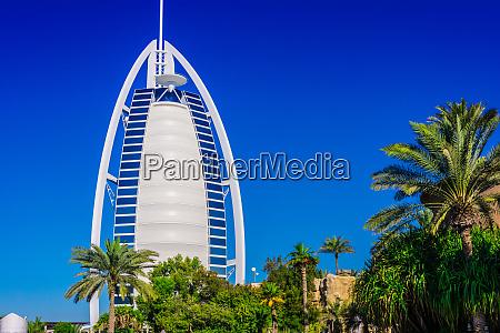 burj al arab a luxury hotel