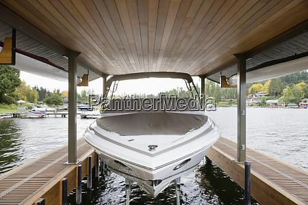 boat in boat lift