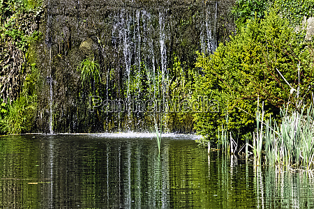 cascade between octagon lake and eleven