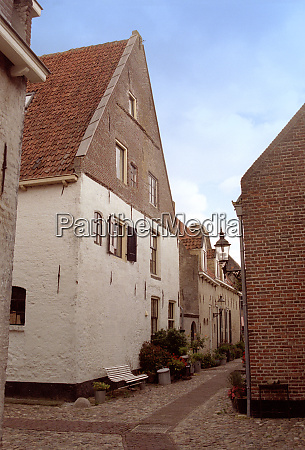 street in elburg