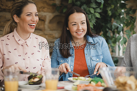 talking over a healthy lunch