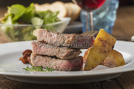 grilled steak with potato