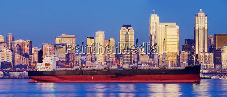 freighter near cityscape seattle washington united
