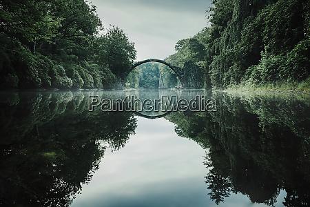 tranquil rakotzbruecke devils bridge rakotzbruecke brandenburg