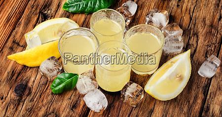 lemoncello italian lemon liquor