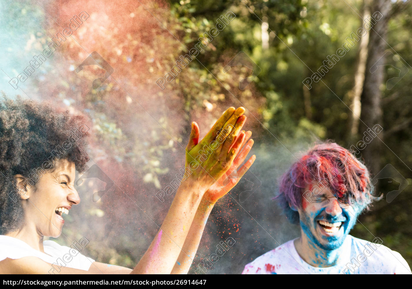 couple, throwing, colorful, powder, paint, , celebrating - 26914647