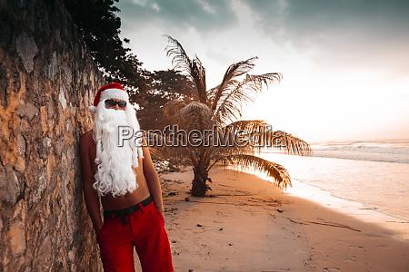 thailand man dressed up as santa