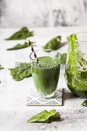 sugar free vegane detox smoothie with