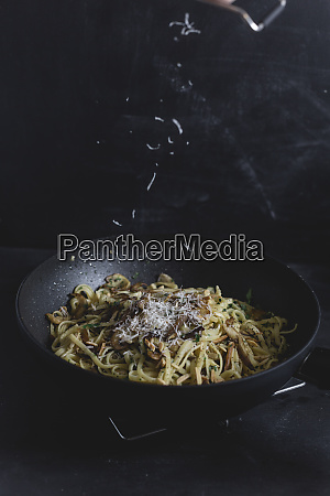 bavette pasta with mushroom and oyster