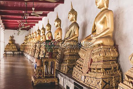 thailand bangkok buddah statues in a