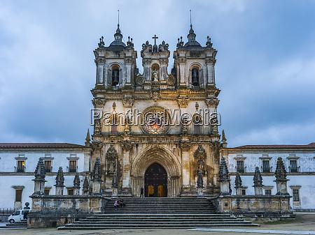 the alcobaca monastery portugal