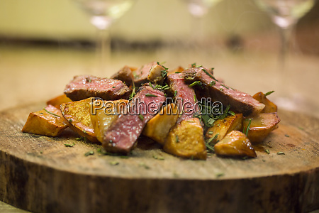 dish, on, wooden, serving, plate - 26932071