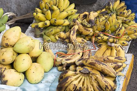 amount of banana fruits