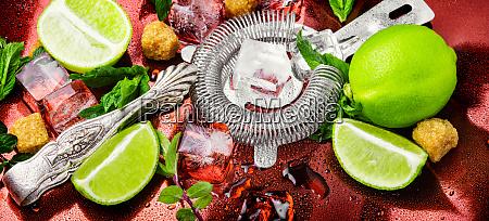 cuban mojito cocktail