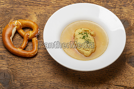 bavarian semiola dumplings in broth