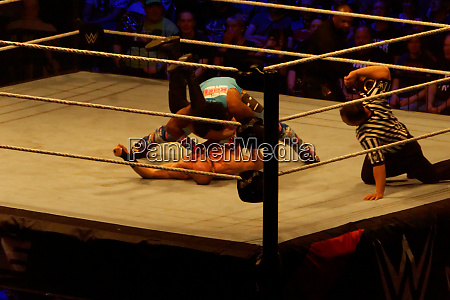 the wwe live event smackdown live