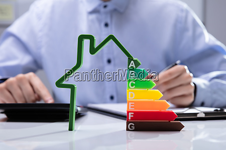 house with energy efficiency rate on