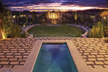 mexican ranch house garden