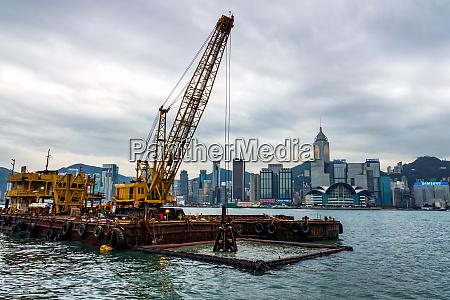 dredging in hong kong harbour