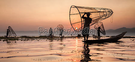 fishermen on inle lake myanmar