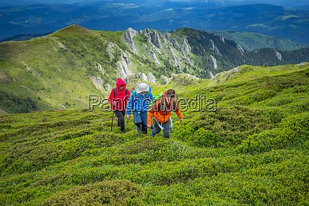 family trekking day