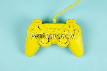 play in yellow and blue