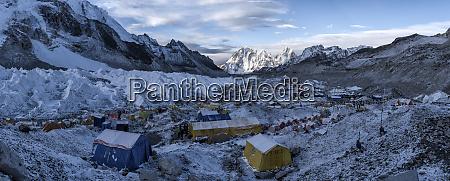 nepal solo khumbu everest base camp