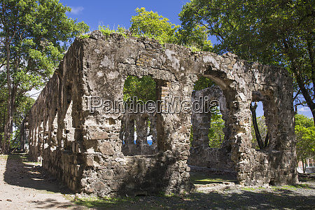 historic military ruins pigeon island national