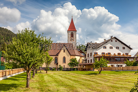 the village lengstein at renon