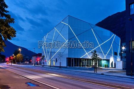 sogn og fjordane art museum forde