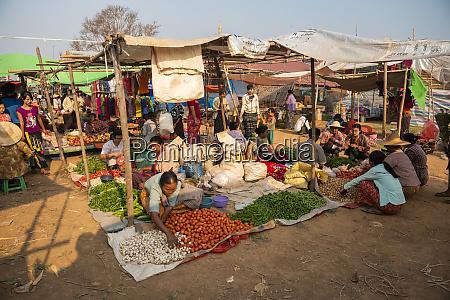 ywama market inle lake shan state