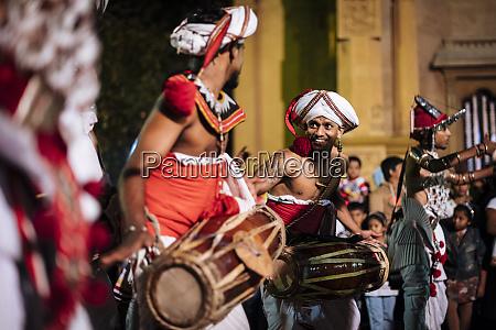 duruthu perahera full moon celebrations at
