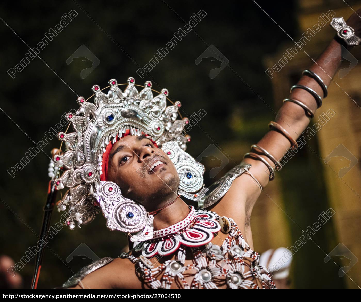 duruthu, perahera, full, moon, celebrations, at - 27064530