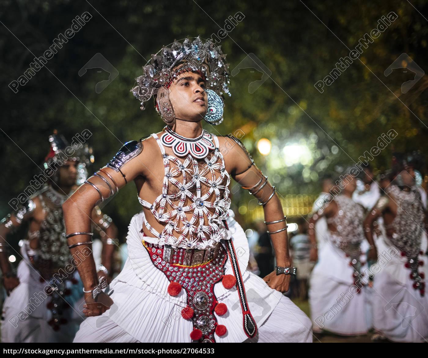 duruthu, perahera, full, moon, celebrations, at - 27064533