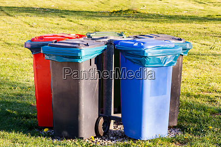 garbage cans for waste separation